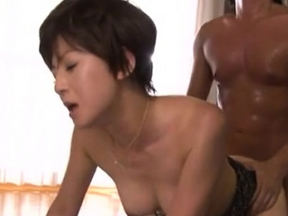Lovely older babe gives sexy blowjob together with rides a large tribunal