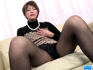 Saori Running Thither Her Vibrator - More at javhd.net